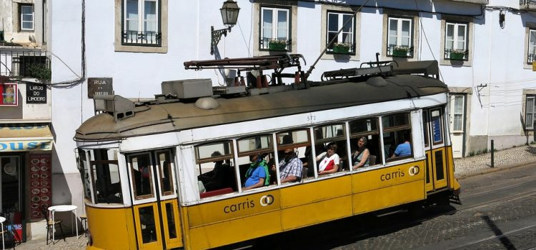 visitare lisbona - Tram 28